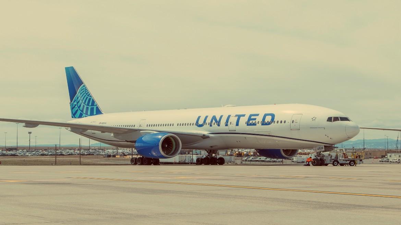 aeroplano - boeing - aerodromio - united airlines
