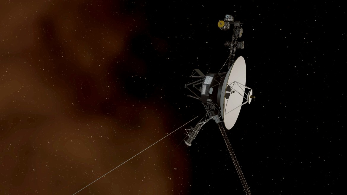 voyager1_reuters-scaled-απε-μπε