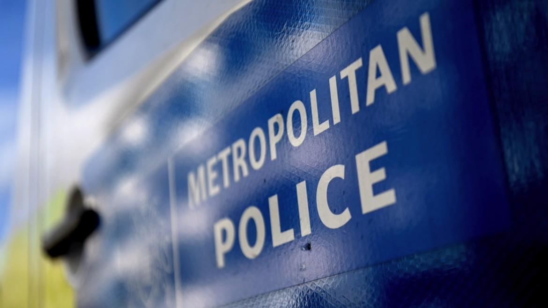 astynomia - londino - vretania - britain - logo - metropolitan - police - ΦΩΤΟΓΡΑΦΙΑ ΑΠΕ ΜΠΕ 14-3-21 -