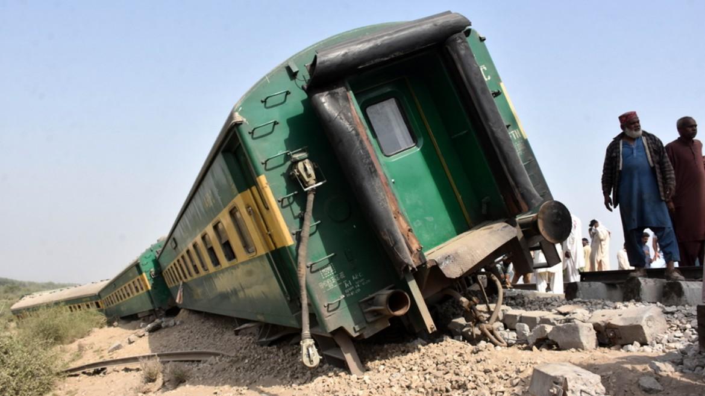 pakistan-treno-apempe