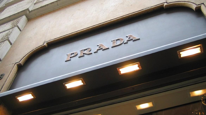Prada-roma-italia-wikimedia-commons
